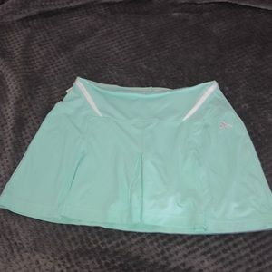 Adidas clima365 mint color skort - size small
